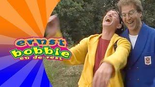Ernst en Bobbie - Bobbie heeft gek gedroomd