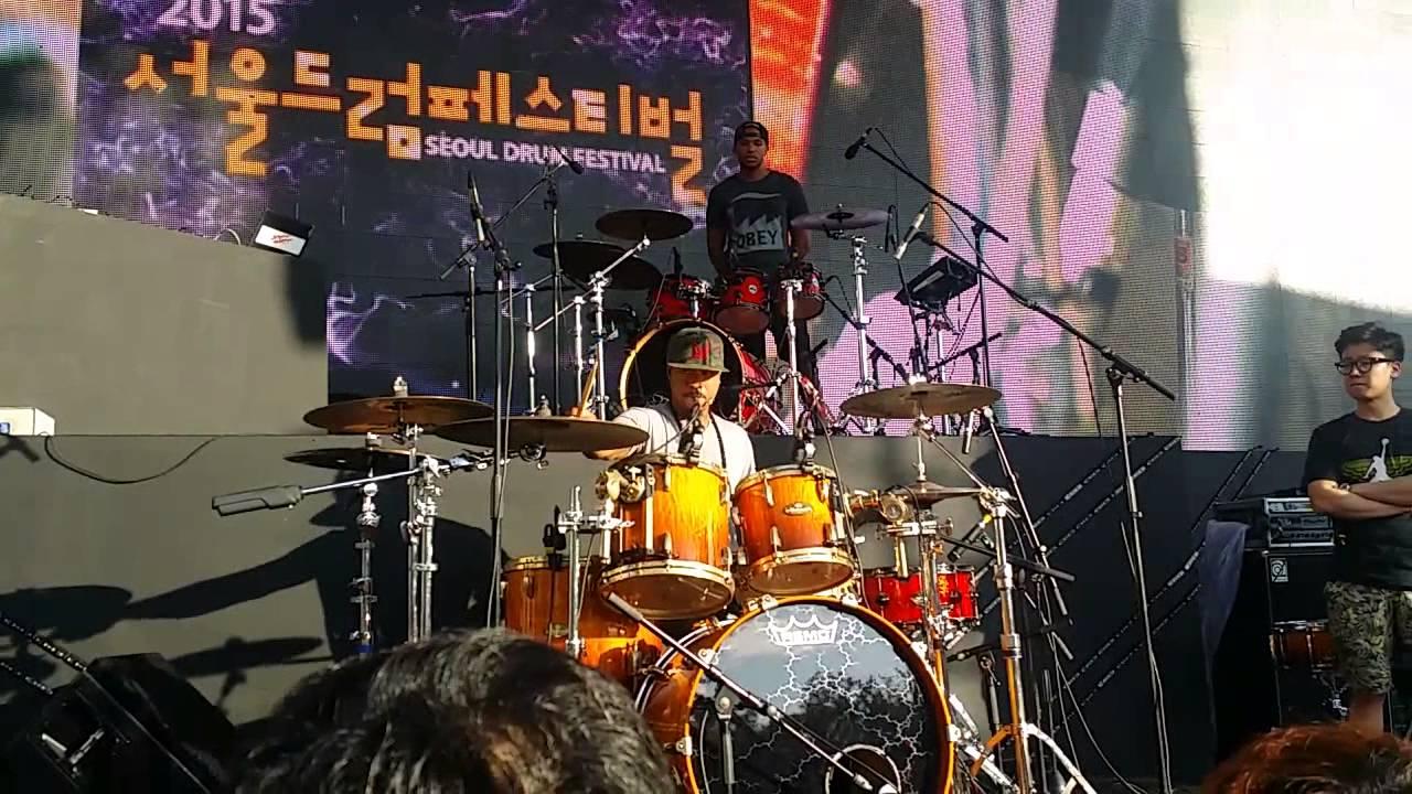 Download Tony Royster jr drum solo - seoul drum festival