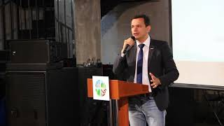 Смотреть видео Илья Яшин о выборах мэра Москвы онлайн