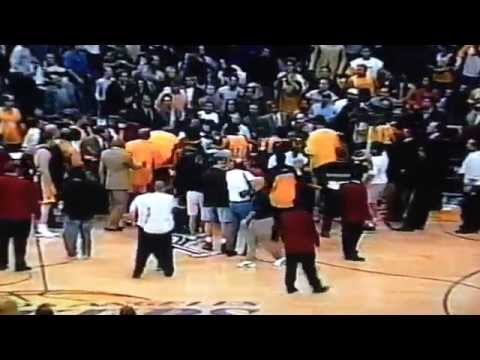 Reggie Miller and Kobe Bryant fight 2002