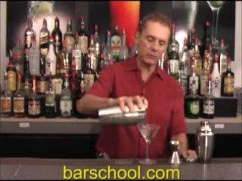 How to Shake a Cocktail With a Boston Mixing Set