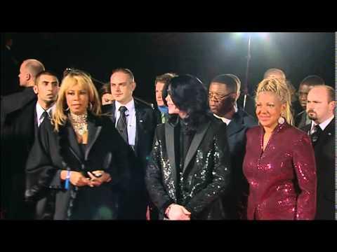 Michael Jackson   red carpet World Music Award 2006