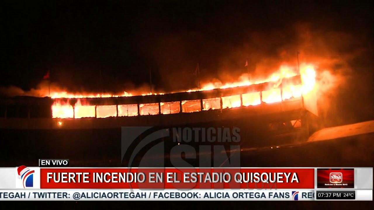 Se registra incendio en el Estadio Quisqueya; suspenden partido entre Leones y Gigantes (2 de 3)