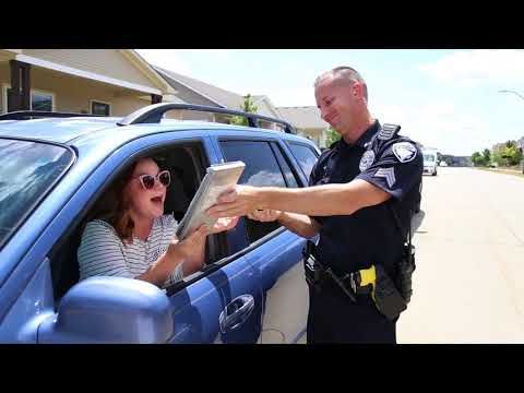 "Waukee Police Department Lip Syncs ""Happy"""