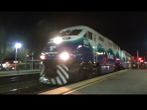 Railfanning BNSF Seattle Sub Part 3 Trains at the Auburn Sounder Station - Sounder Rush and BNSF!
