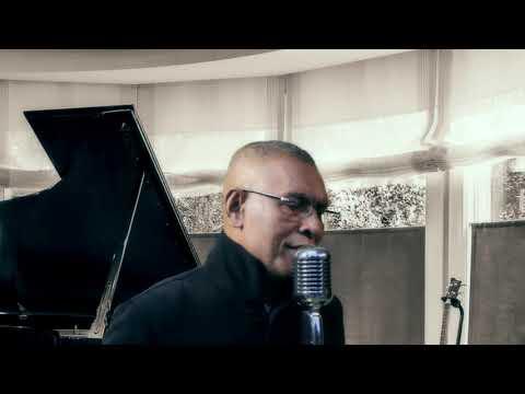 Alfonso Sahetapy.Pop Indonesia Versi Terbaru...Jangan Salah Menilaiku(music Video)