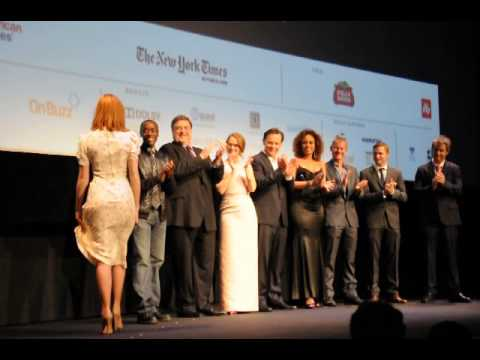 Robert Zemeckis Introduce Cast At Flight World Premiere