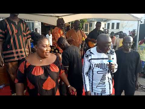 Nana Kwame Ampadu Composed A Song For  Kofi Sammy's Daughter To Encourage Her........TeteNdwom.