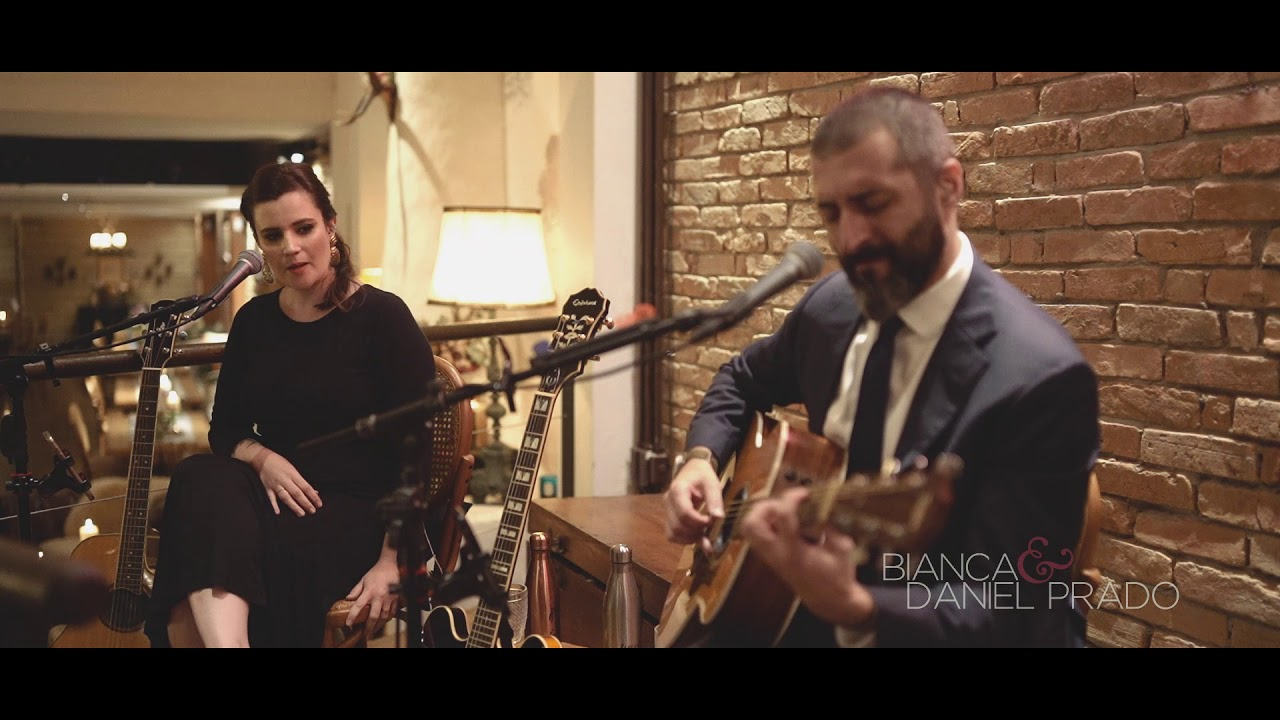 Blackbird (The Beatles) COVER AO VIVO Bianca e Daniel Prado