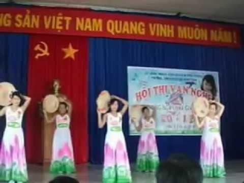 múa đảng đã cho ta mùa xuân - Trường TH Lê Lợi - Phú thiện - Gia Lai.avi