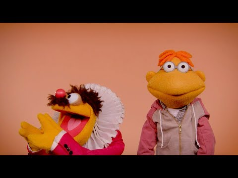 Happy Thanksgiving from Scooter & Lew Zealand! | The Muppets