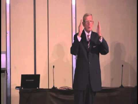 Winning Every Day  A Game Plan for Success - Lou Holtz