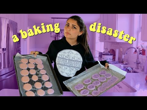 I tried making macarons...FAIL (baking with sydney)
