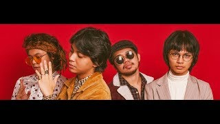 IV OF SPADES - Mundo (Bass Boosted)