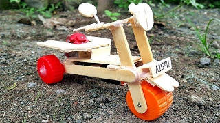 Video Cara Membuat Scooter Matic Mainan Bertenaga Baterai download MP3, 3GP, MP4, WEBM, AVI, FLV Agustus 2018
