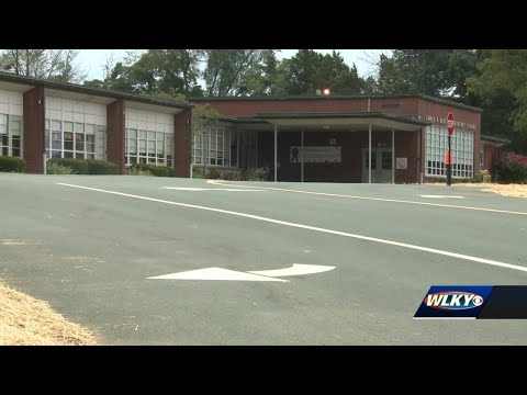 New traffic patterns come to JCPS school - YouTube