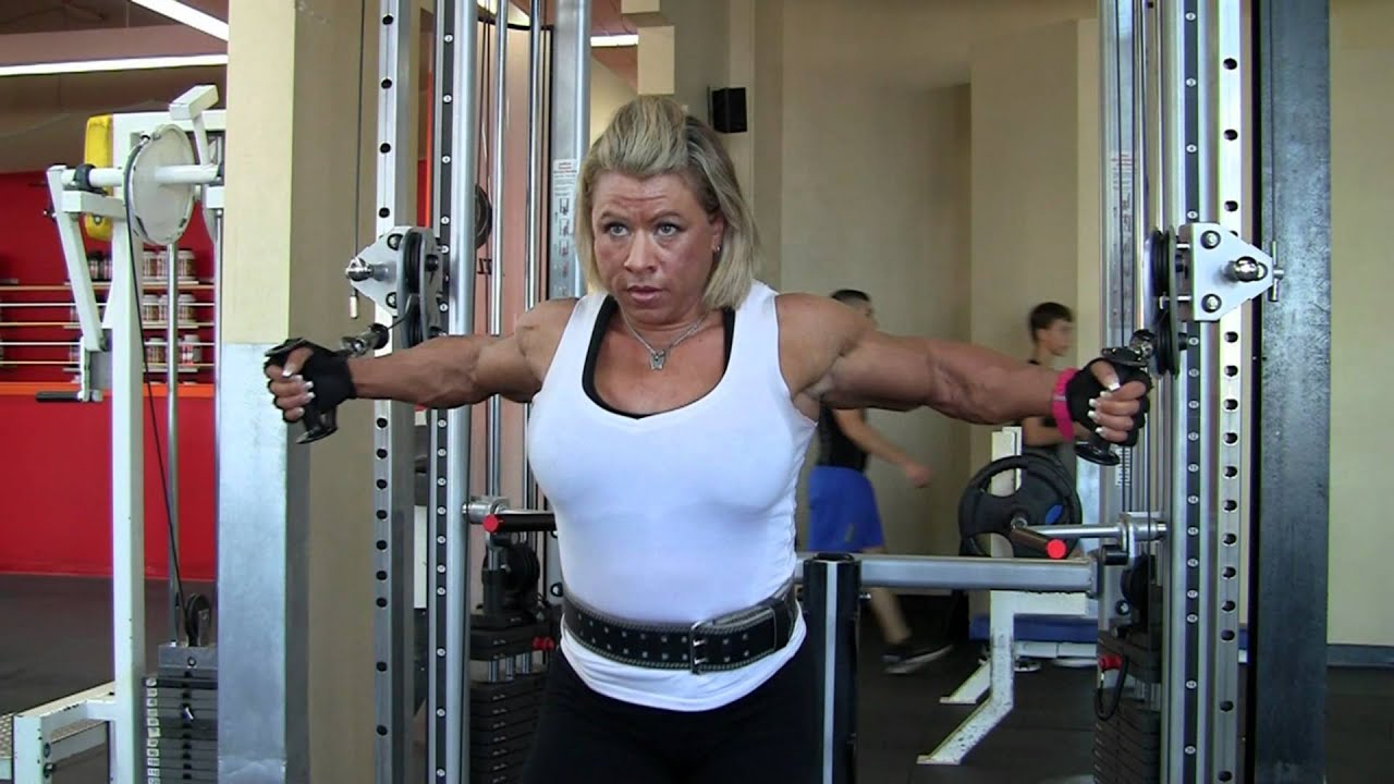 Julie Bourassa, Fbb, Off-Season Oct 2011 - Youtube-3810