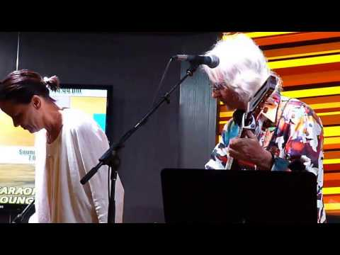 "Tom Toomey with guest Norda Mullen ~ ""Scarborough Fair"""