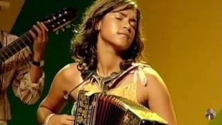 Lucy Alves - O Galo