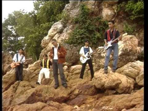 SCOIN - Rindu Rinduan Jadi Kenangan (Official Music Video)