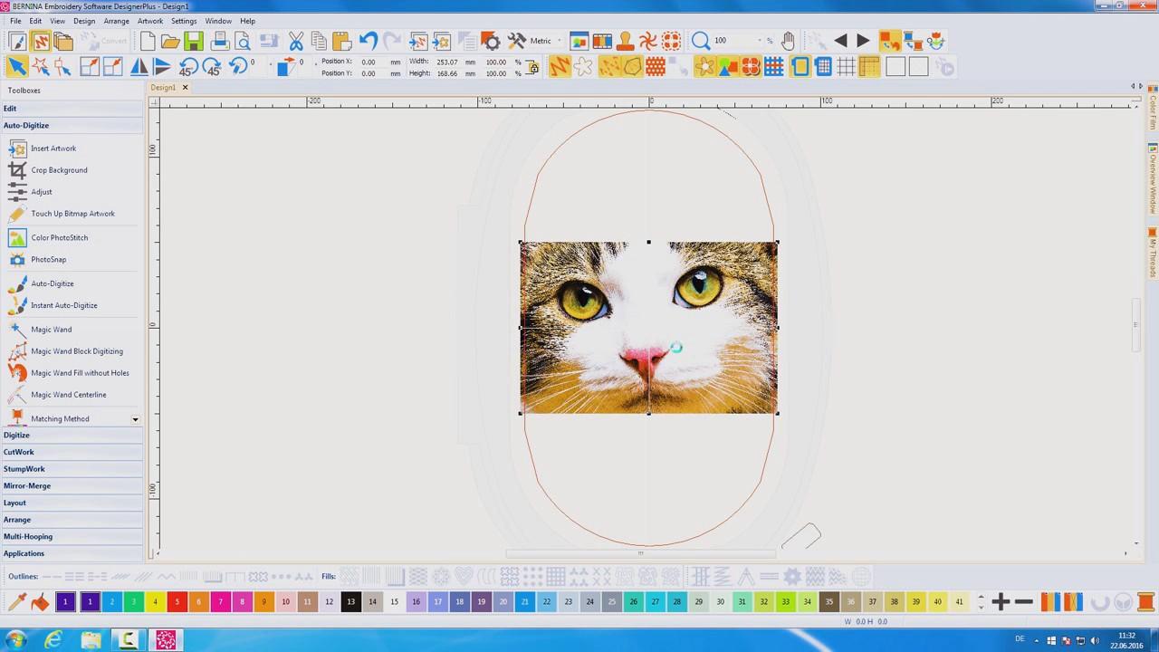 Color PhotoStitch - Software de bordado V8 BERNINA - YouTube