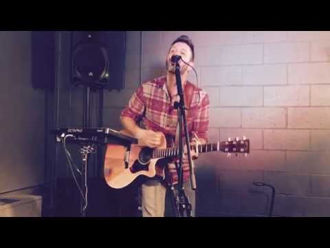 John Jett Live - Shake It Off Taylor Swift Cover Looped