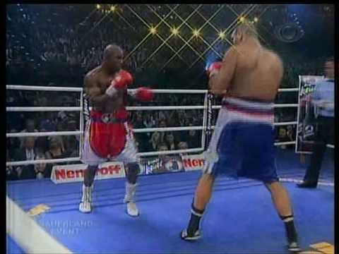 Holyfield vs Valuev Part4 - 20/12/08 - Band