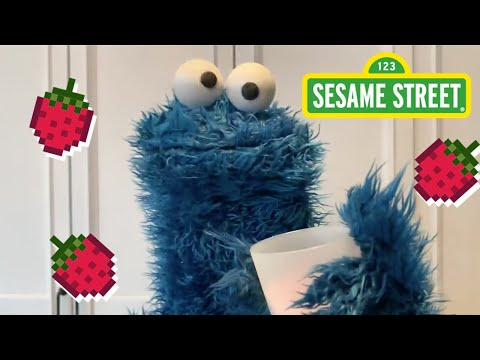 Sesame-Street-Make-a-Smoothie-with-Cookie-Monster-Cookie-Monster-Snack-Chat-2