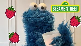 Sesame Street: Make a Smoothie with Cookie Monster | Cookie Monster Snack Chat #2