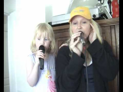 Mercy Seat by Vicki Yohe  (Beth and Mum singing to backing)