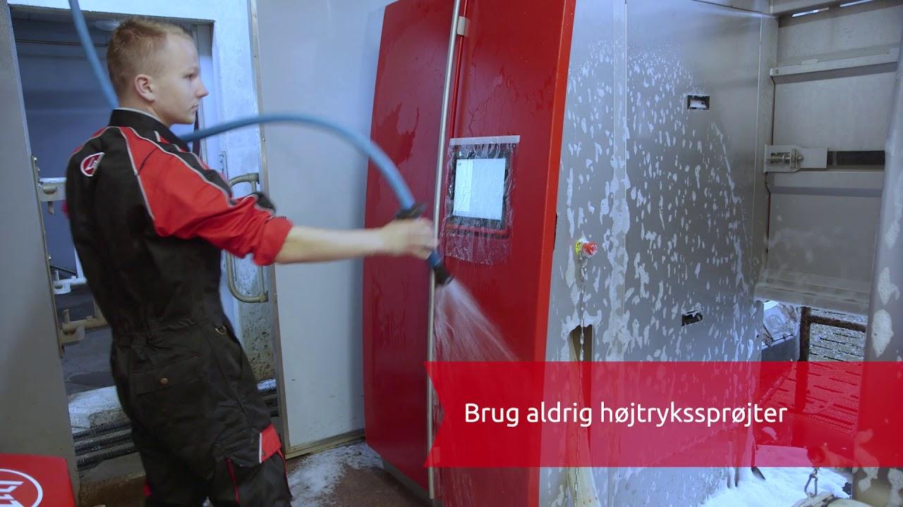 Ekstern rengøring af malkerobotten Lely Astronaut