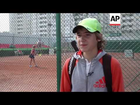 Russian tennis players react to doping scandal