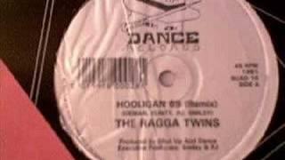 Play Hooligan 69 (Remix)