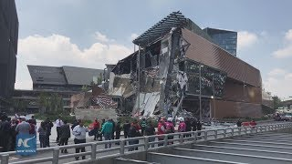 Major shopping center collapses in Mexico City