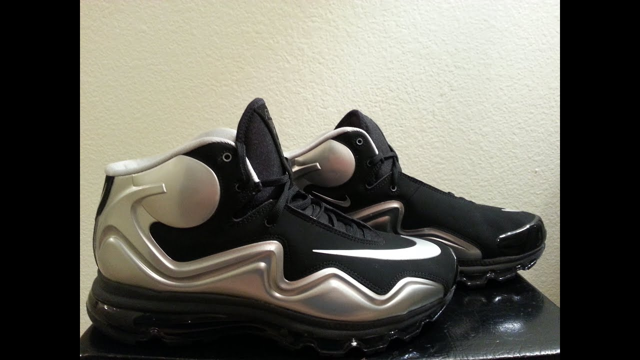 reputable site 504f3 f11cc Nike Air Max Flyposite Raiders