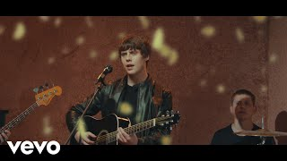 YouTube動画:Jake Bugg - Kiss Like the Sun (Official Video)