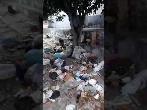 Lixo tomou conta no distrito Mumbaça em Traipu
