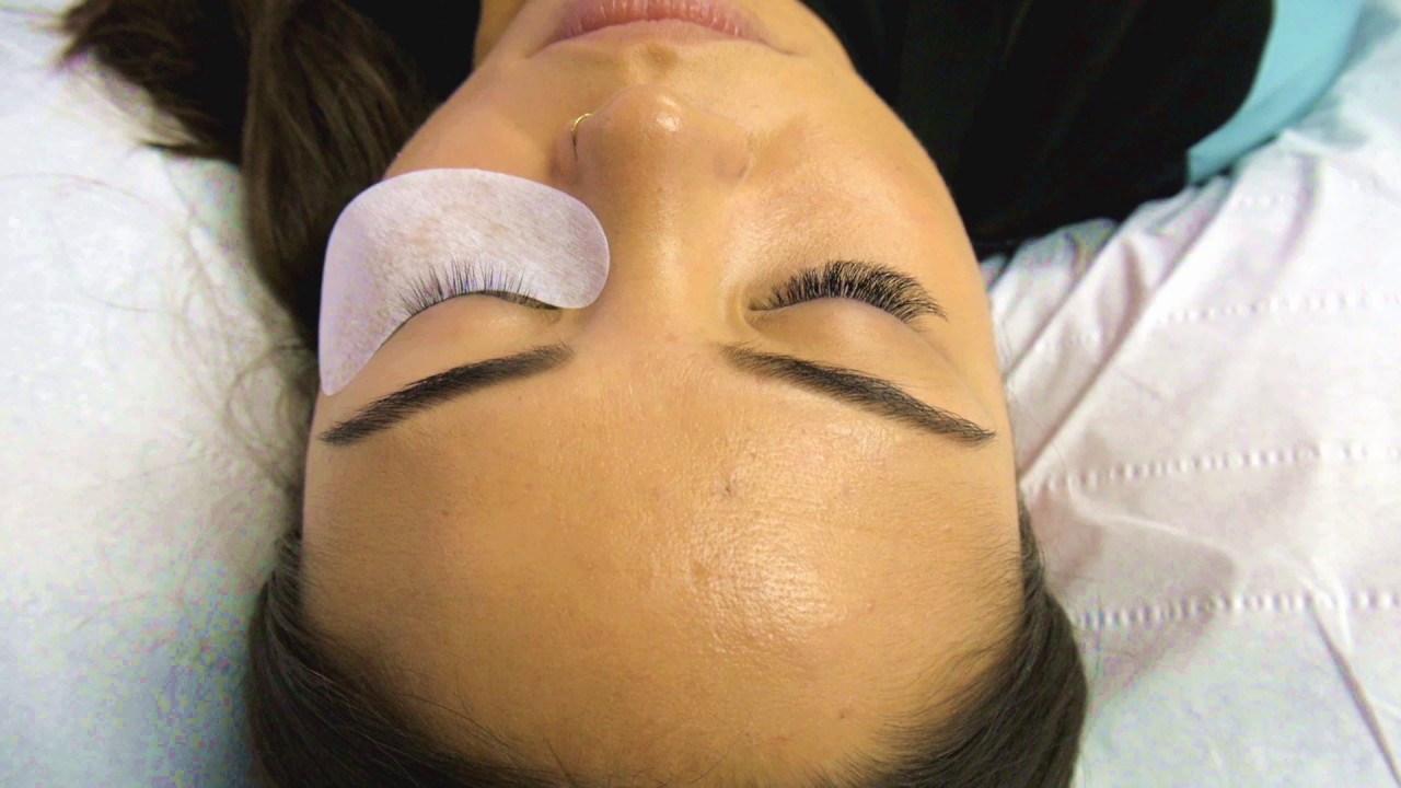 The Best Russian Volume Eyelash Extensions In London Youtube