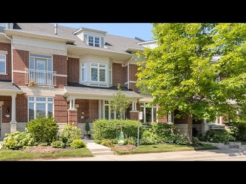 PORT CREDIT TOWNHOME FOR SALE: 118 WATERSIDE DRIVE, MISSISSAUGA