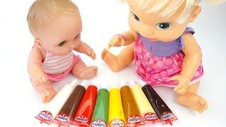Дочки Матери. Пупсы играют в кулинаров, украшают торты и печень. Игрушкин ТВ