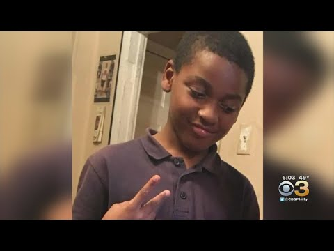 Community shows solidarity after fatal shooting of 10-year-old Logan Square girl from YouTube · Duration:  2 minutes 35 seconds