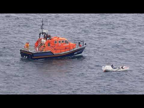 Sennen Cove Lifeboat Meets Andy Hodgson Rowing Around The UK