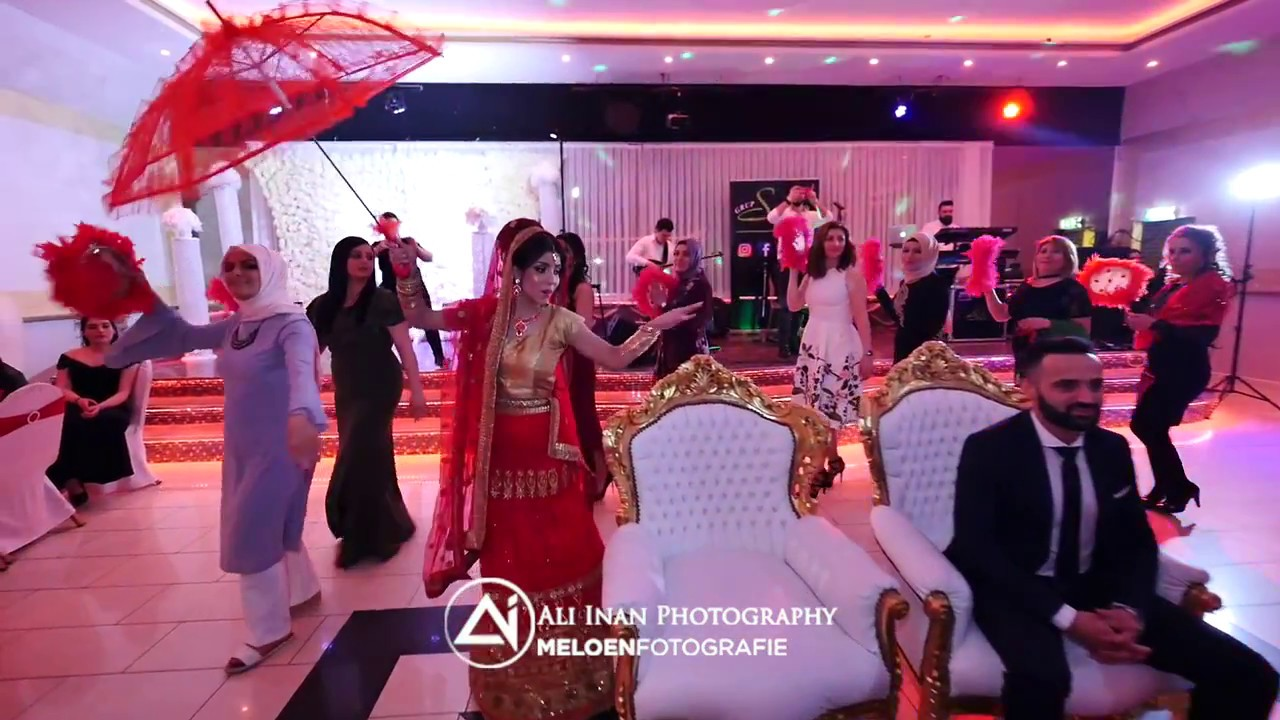 Bollywood Entrance By Turkish Henna Party Youtube