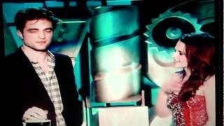 MTV Movie Awards 2011 Best Kiss Robert Pattinson  Kristen Stewart Twilight Saga Eclipse.wmv