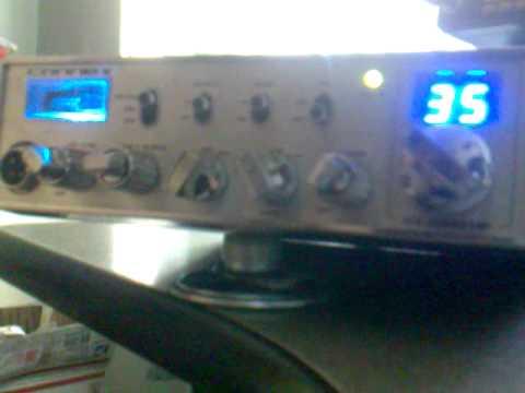 Conversacion  en la Radio Banda Civil Canal 35 Cd. Juarez  / Los Cerrajeros