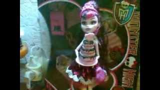 Видео обзор на куклу Дракулаура из коллекции Сви-1600 =)