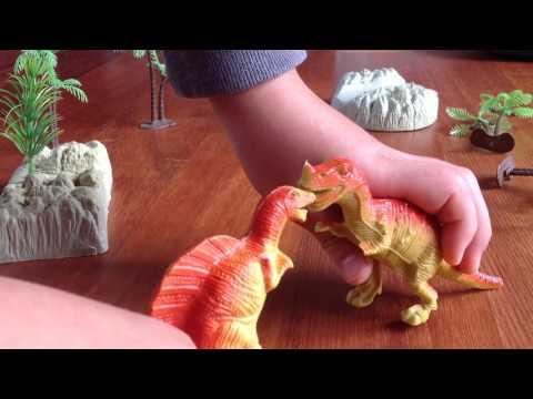 Spinosaurus vs Carnosaurus