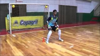 vuclip Trabalhos especificos goleiros copagril futsal temporada 2016/ Treinador Ademir Biesdorf