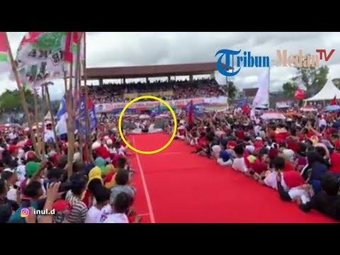 Detik-detik Inul Daratista Terjatuh Di Panggung Kampanye Jokowi- Maruf Amin