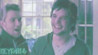 you make me smile like the sun; [Andrew-Lee Potts.]